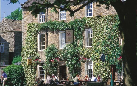 Escape to The Rose and Crown this summer