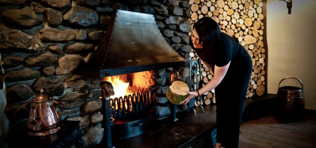 Learn how to make a roaring fire