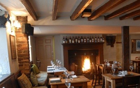 Enjoy the roaring fire at the White Horse & Griffin