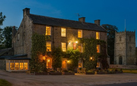 Enjoy a stunning Sunday at the Rose & Crown